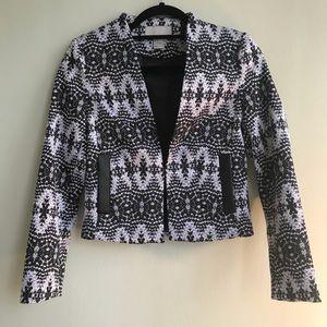 H&M blazer size 2 to 4 NWOT black and white print
